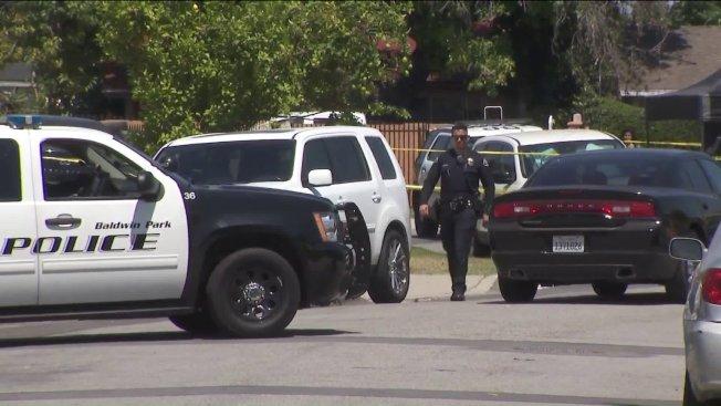 鮑爾溫公園28日上午發生槍擊案,導致一名男性死亡。圖為案發現場。(取材自KTLA)