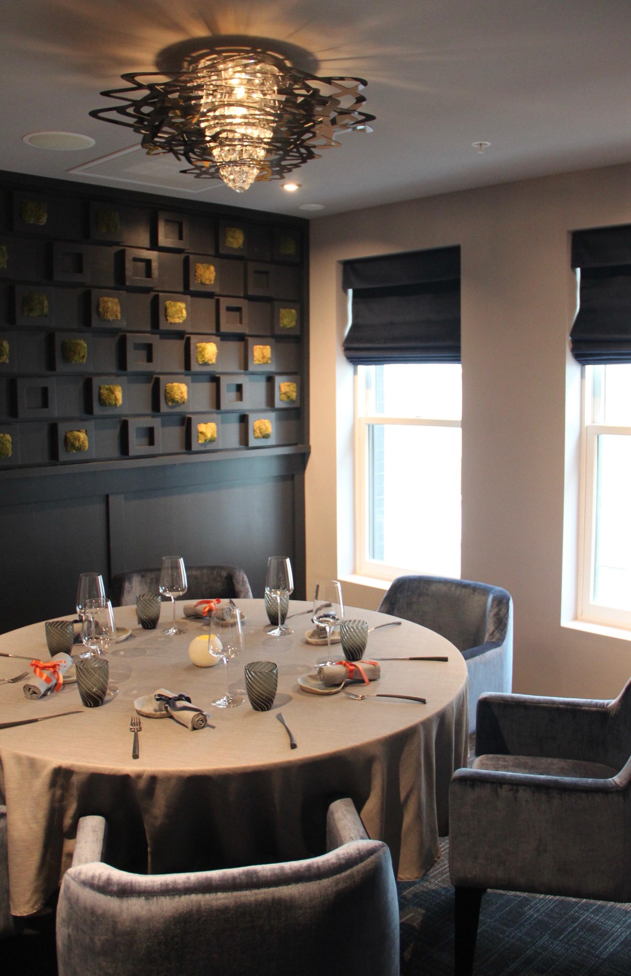 六樓餐廳也有獨立包廂。(記者李晗 / 攝影)
