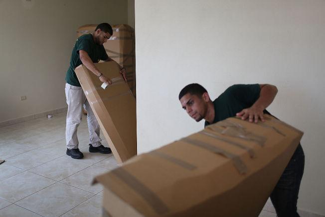 要善待搬家工人,且要記得個別給小費。(Getty Images)