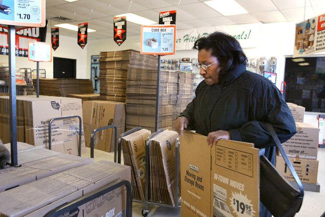 專家建議不必花錢購買搬家專用紙箱。(Getty Images)