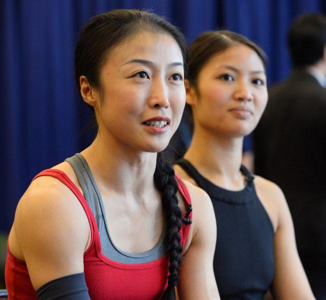 飾演小蓮的季綾(左)與飾演小鳳的趙明。(許振輝/攝影)