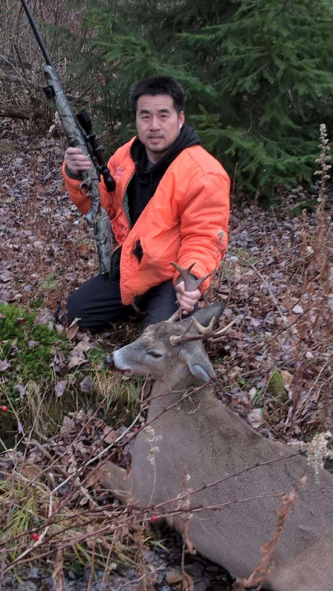 遊客打到一頭公鹿。(圖:木冬提供)