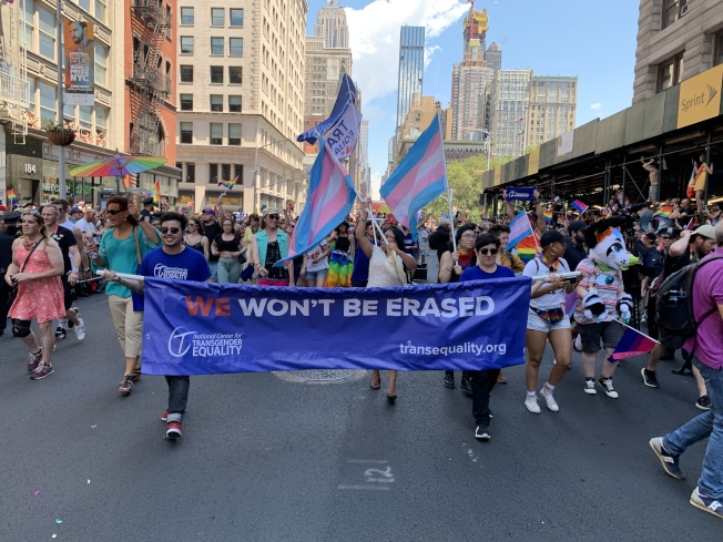 萬眾矚目的第50屆紐約市「同志自豪大遊行」暨「世界同志自豪大遊行」在第五大道展開。(記者和釗宇/攝影)