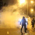〈圖輯〉反送中群眾衝進立法會  凌晨警方強勢驅離