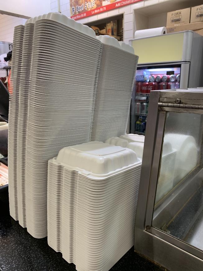 保麗龍禁令禁止商家提供或使用一次性餐盒、紙杯、裝箱保麗龍、餐盤等。(記者賴蕙榆/攝影)