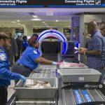 低薪導致人手不足 機場安檢排長龍