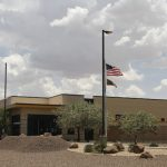 吃不飽、睡地板…12歲女童 被關移民中心12天