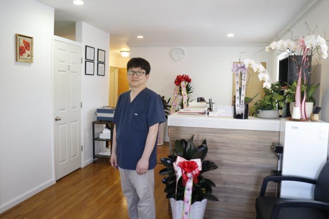早安痛症診所負責人朴賢星醫師擁有豐富實務經驗。