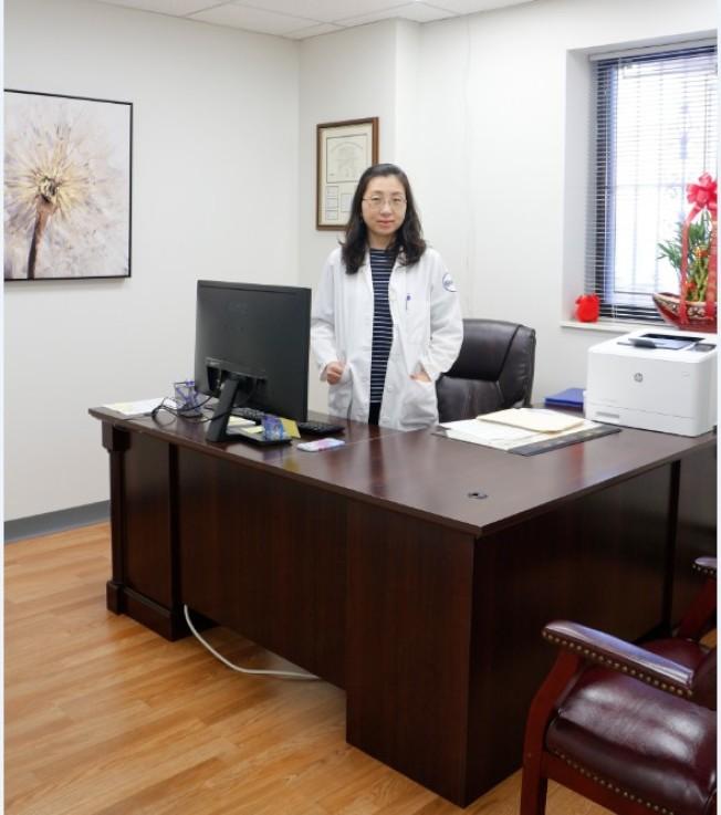 王曉慧醫師擁有精湛的醫術及豐富的婦產科手術及檢查 。