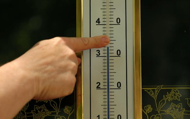 歐洲在6月份出現異常高溫,圖為克羅埃西亞出現近40℃高溫。(歐新社)