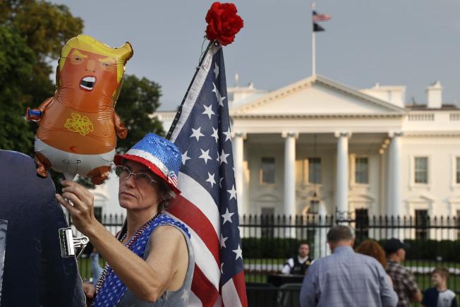今年國慶日慶祝活動中,「川普寶寶」氣球將不請自來。(美聯社)