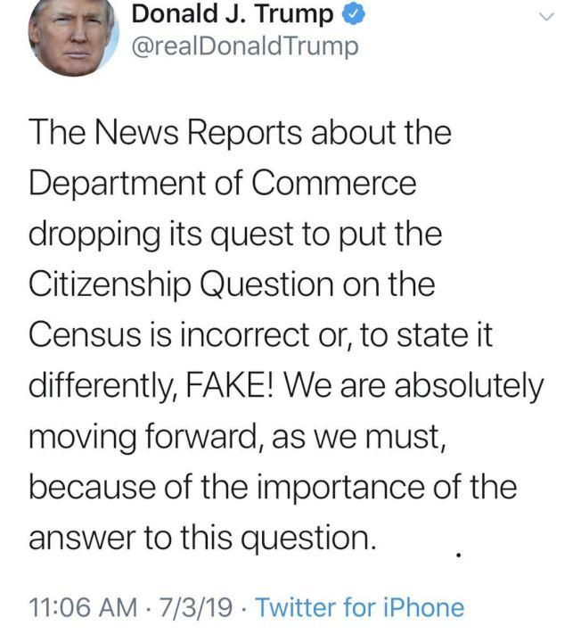 川普3日在推特上寫道,「關於商務部放棄要求在人口普查問卷中添加公民身分問題的報導不正確(incorrect),或者說,是假新聞!我們務必會往前進,因為這個(公民身分)問題很重要。」(推特截圖)