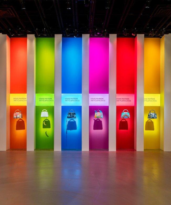 展覽最大亮點是Artycapucines系列,也是最新的藝術交流作品,賦予Capucines手袋全新風貌。圖/LV提供