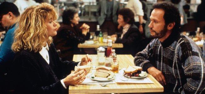 「  當哈莉遇上莎莉」梅格萊恩和比利克斯托在這裡用餐。(電影劇照)