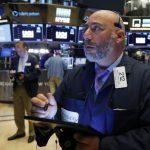 道瓊盤初跌150點 就業數據降低Fed降息機率
