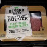 人造肉漢堡比牛肉漢堡健康?營養師點破:那是加工食品