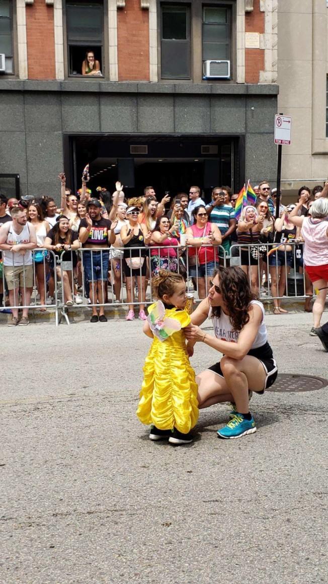 如何向小孩解釋同性戀及相關議題,是許多父母的頭痛問題。(林牧提供)