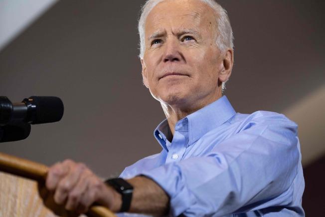 參選2020年總統大選的前副總統白登說,有女性副總統很棒。(Getty Images)