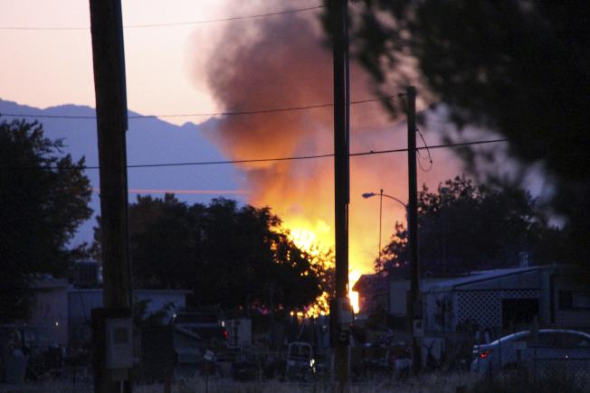 規模7.1強震為震央區帶來更多火災。(美聯社/獨立日報)