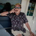 古怪富豪邁克菲 古巴遊艇上宣布參選美國總統