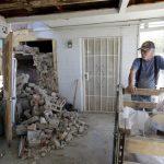 加州地震後 搶修公路、水電設備