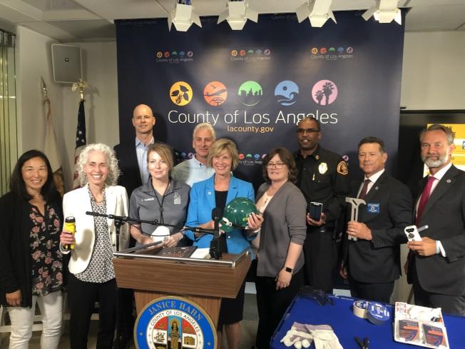 洛杉磯縣政委員韓珍妮(Janice Hahn)7日舉辦地震論壇。(記者王若然/攝影)