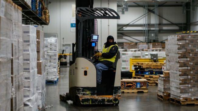 隨著線上購物食品、雜貨不斷增加,冷藏倉庫需求將是未來趨勢。(洛杉磯時報)