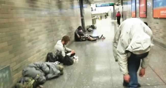 當局表示,捷運站針頭數量突然大減,顯示芬太尼使用人口正在增加。(電視新聞截圖)