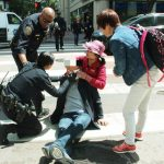 3中國遊客 金山鬧區遇襲濺血 警逮1嫌犯