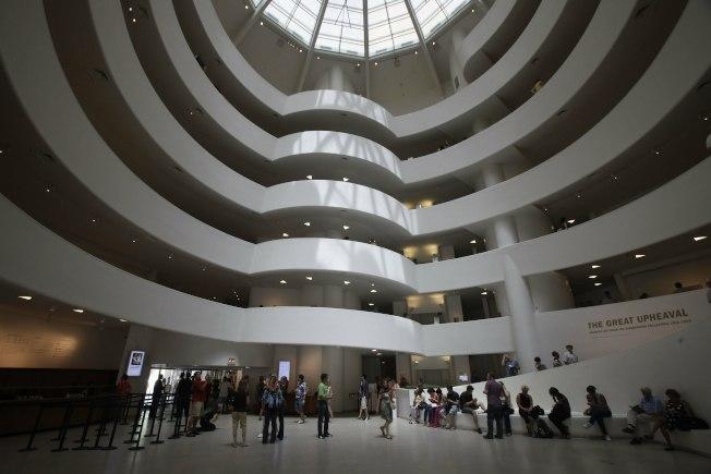 紐約市古根漢博物館於1956到1959年興建,內部有螺旋坡道的設計。(美聯社)