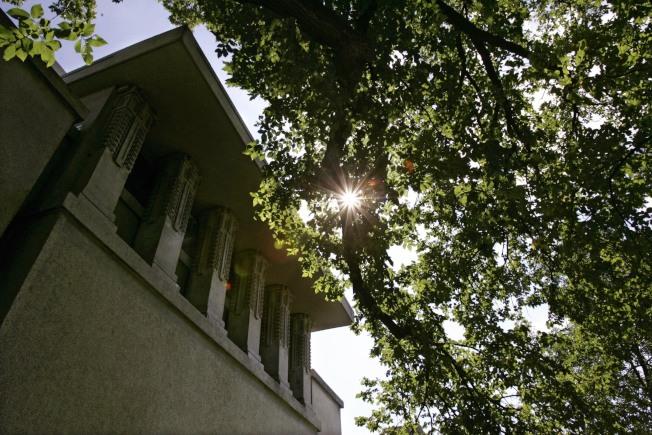 伊州奧克帕克的團結教堂有大膽的立方體設計。(美聯社)