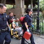 曼哈頓華埠哥倫布公園 驚傳大白天持刀刺人案