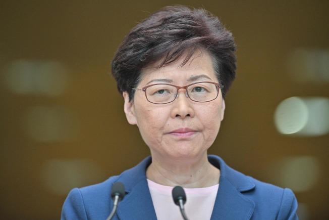 香港特首林鄭月娥9日出席行政會議前承認,修訂「逃犯條例」工作是完全失敗。(法新社)