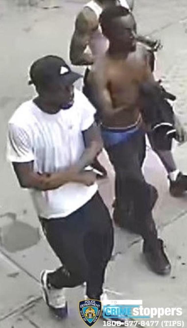 三名嫌犯作案時的體貌特徵。(市警提供)