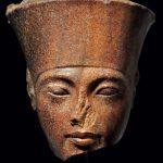 圖坦卡門頭像拍出 埃及擬告佳士得