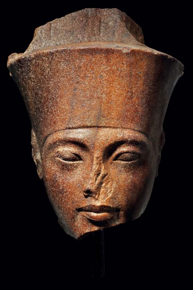 佳士得拍出的圖坦卡門頭像有3000年歷史。(Getty Images)
