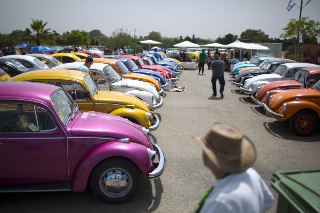 福斯經典車款金龜車80年的風華走入歷史。(美聯社)