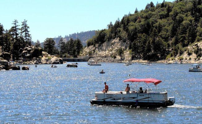 大熊湖地区中间房价34万9250元,比一年前上升约2.6%,但房屋销售下降约24.8%。(洛杉矶时报)