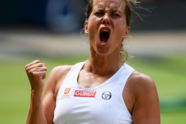 37歲的美國網球名將小威廉絲(Serena Williams)今天再闖草地大滿貫最終戰,她4強賽以6:1、6:2拍下非種子的捷克好手史翠可娃(Barbora Strycova,圖),連兩年拿到決賽門票。Getty Images
