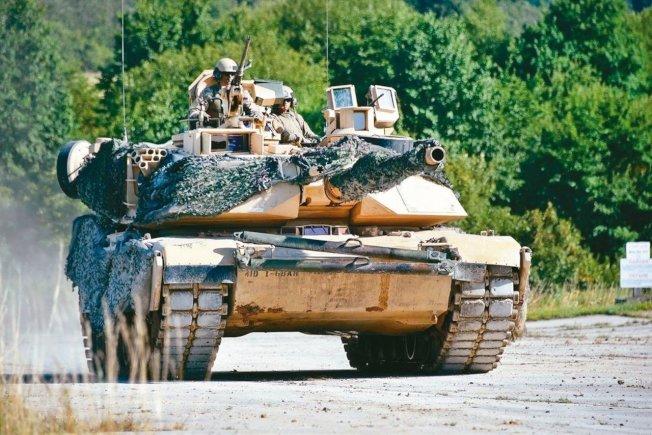 美國日前宣布價值包括M1A2坦克等約22.2億美元的售台武器計畫。(路透)