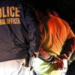 2000無證家庭遭鎖定 議員提醒:ICE上門,不必開門