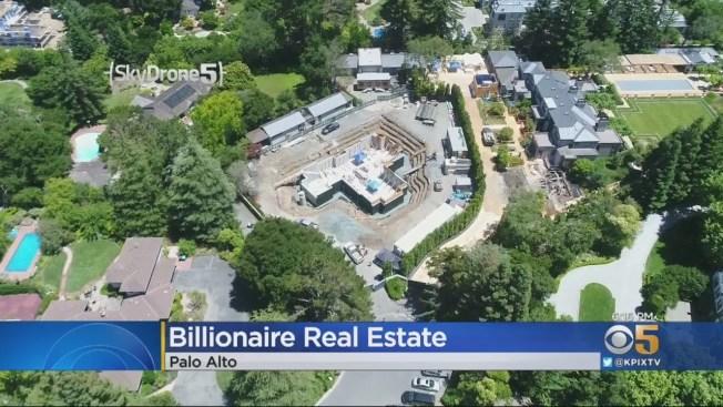 灣區CBS電視台拍到的巴洛阿圖(Palo Alto)巨大院落,科技富豪買下多棟房子,然後打造出一巨大院落。(電視新聞截圖)