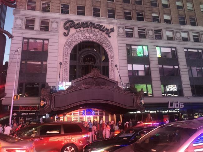 紐約曼哈頓市中城及上西區部分地區13日晚間發生大規模停電。(記者張晨/攝影)