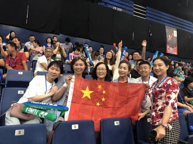 到場加油的中國球迷。(記者王若然/攝影)