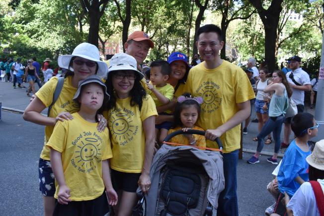「做得好!小天使」為首次參與紐約市殘障人士驕傲大遊行。(記者顏嘉瑩/攝影)