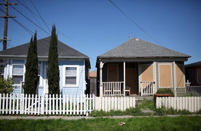 灣區七年前獨棟房屋中位價為42萬5000元,現在這個價錢的房屋已經很罕見。(Getty Images)
