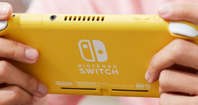 Switch Lite有黃、灰、粉綠三種顏色。(取材自任天堂官網)
