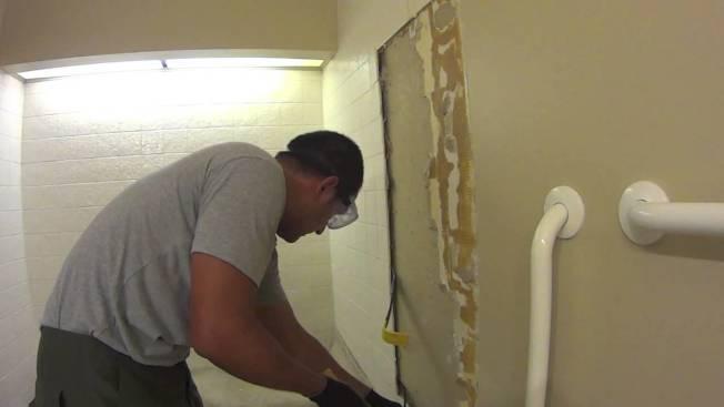 顯示美國目前最風行的裝修工程是個別房間裝修,特別是浴室與廚房。(取自YouTube)