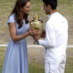 〈圖輯〉溫網場邊最美的風景 凱特王妃頒獎盃給球王