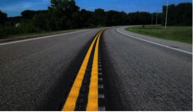 以增進行車安全,喬州運輸署斥資超過500萬元,在該州的23個東部及中部郡縣安裝齒紋減速帶(rumble strips)。(取自喬州運輸署)